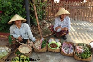 Laos _2_ladies